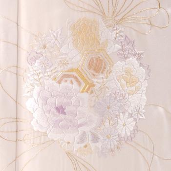 刺繍の最高級色留袖